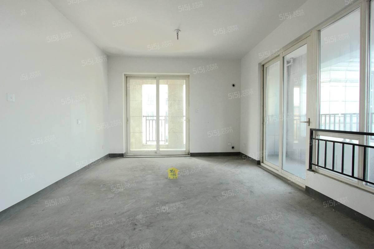 一线江景房、房东诚意出售、4房2厅2卫、看房提前预约